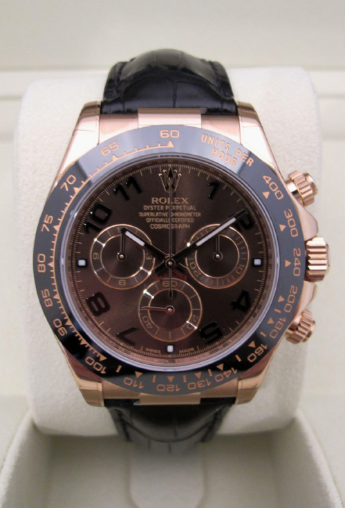 "ROLEX Cosmograph Daytona Or rose/ Croco "" Chocolate "" - Etat Neuf."