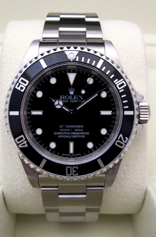 ROLEX Submariner 14060M COSC -
