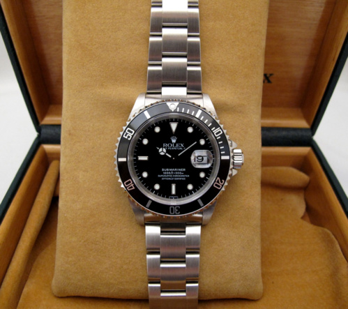 ROLEX Submariner Date - Cadran SWISS.