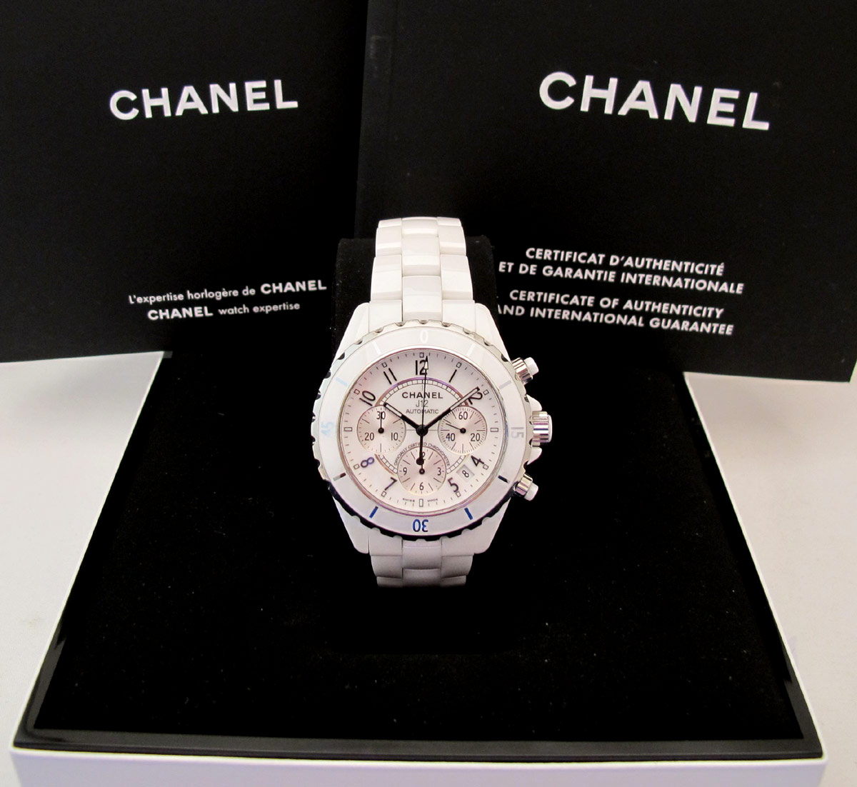 CHANEL Chrono J12 Blanche -