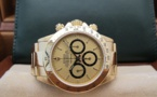 ROLEX Cosmograph DAYTONA 16528 - Floating Full Set.