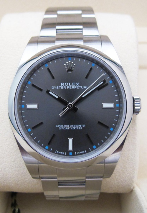 ROLEX Oyster Perpetual - 39MM.