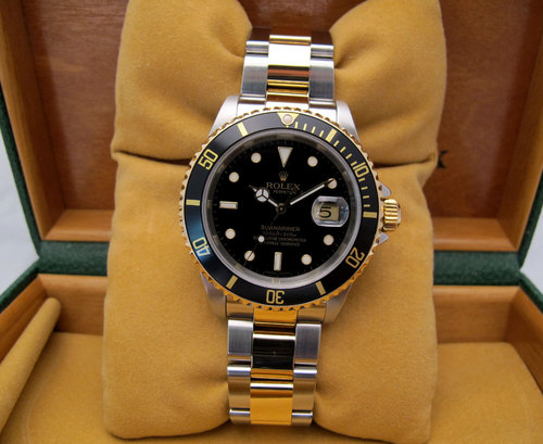 rolex submariner date or et acier occasion rolex montre submariner bicolore d 39 occasion. Black Bedroom Furniture Sets. Home Design Ideas