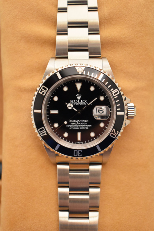 ROLEX Submariner Date 16610 Swiss Only - Full Set - Année 1999.