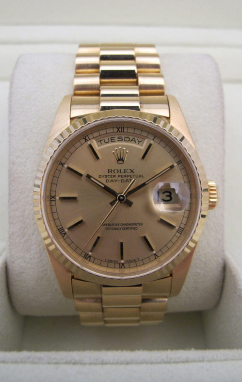 ROLEX Day-Date Tout or jaune 18K -