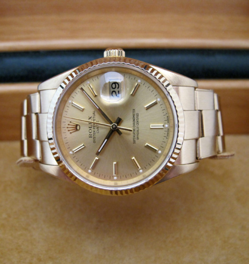 ROLEX Oyster Perpetual DATE tout or jaune 18K -