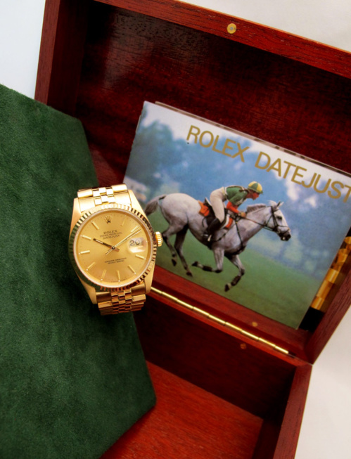 ROLEX Oyster Perpetual DATEJUST -Tout or jaune 18K -