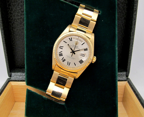 ROLEX Day-Date Tout or jaune 18K - BUCKLEY Dial.