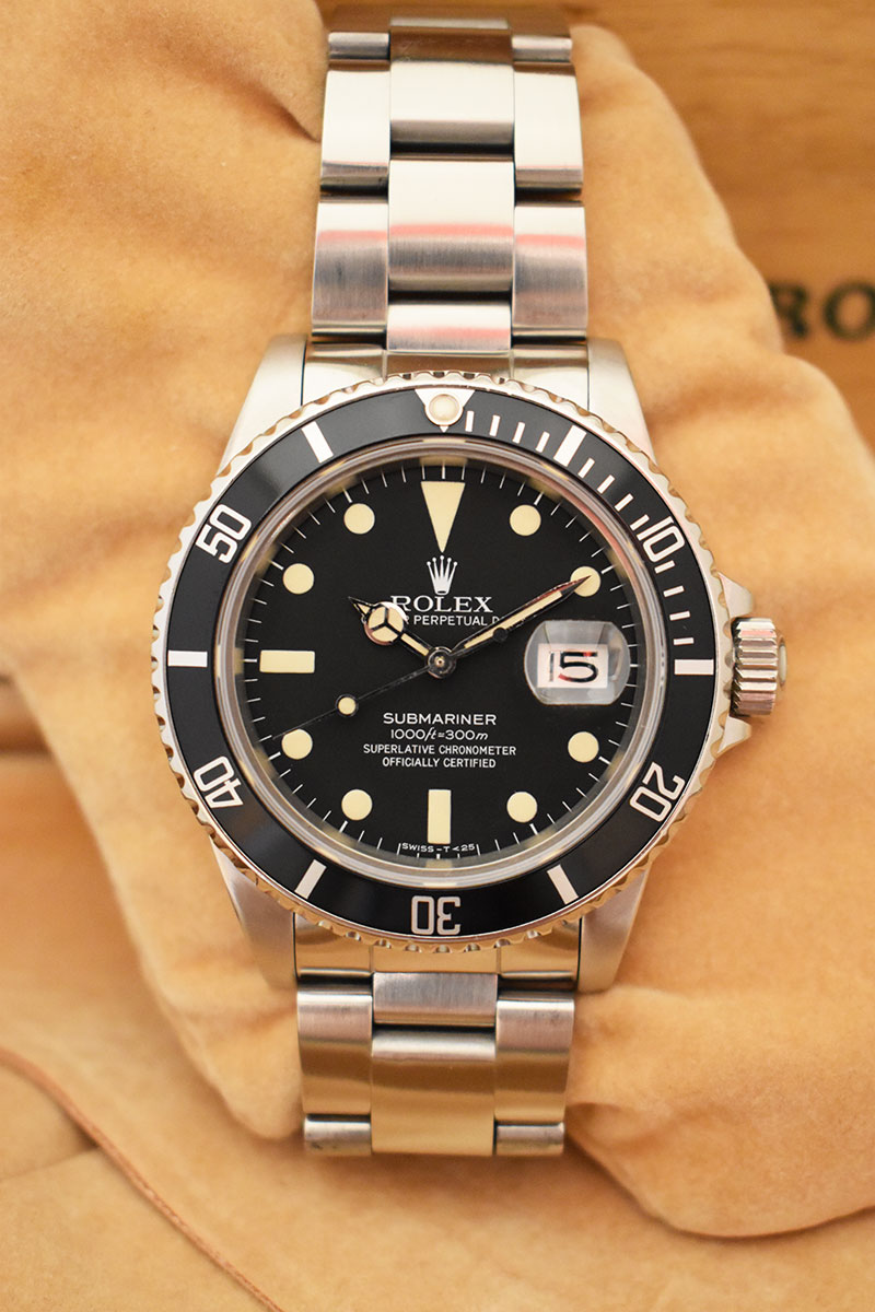 ROLEX Submariner Date 16800 Mat - Full Set.
