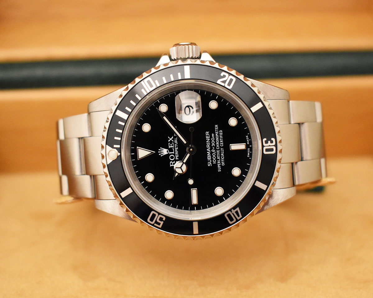 ROLEX Submariner Date 16610 Full Set - Année 2002.