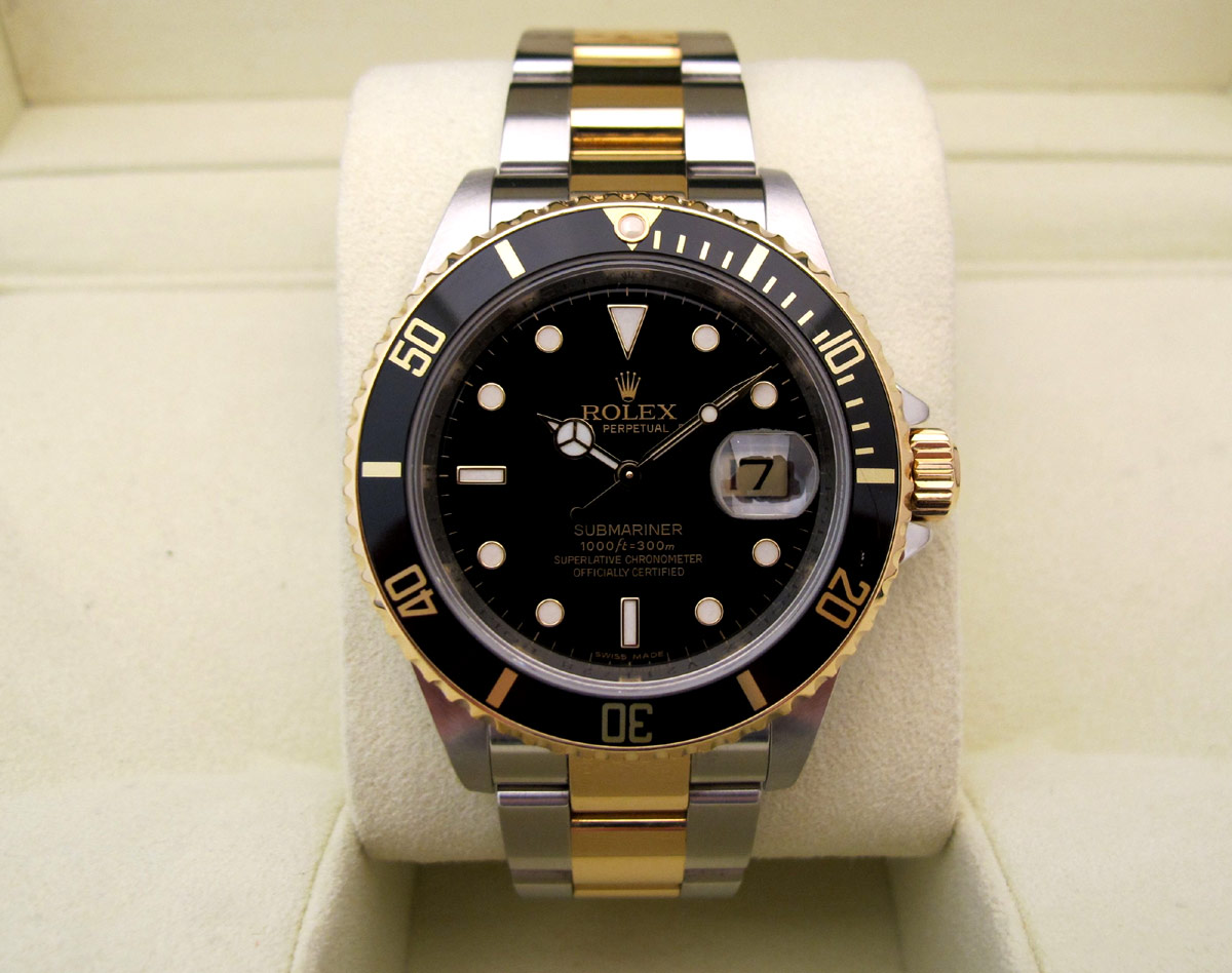 rolex submariner date or acier cadran et lunette noir d 39 occasion. Black Bedroom Furniture Sets. Home Design Ideas