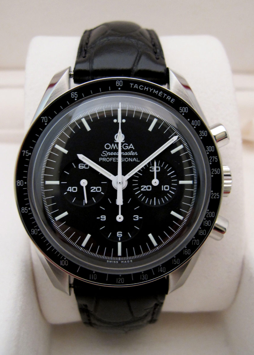 OMEGA Speedmaster Moonwatch -